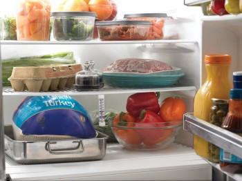 хранение-продуктов-в-холодильнике