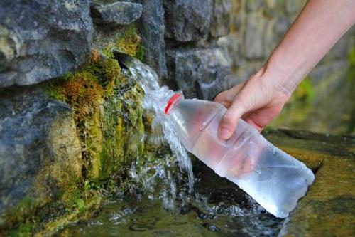 Минеральная-вода-в-Трускавце-горный-источник