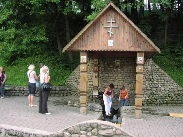 Святой источник во имя святителя Николая Чудотворца (г. Логойск)