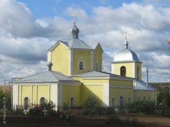 Дмитриевская церковь Фото с сайта temples.ru