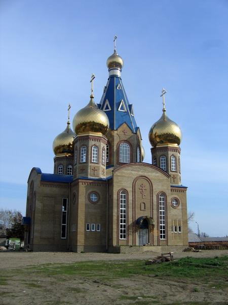 Церковь села Белая Глина Фото с сайта zlatosfera.ru