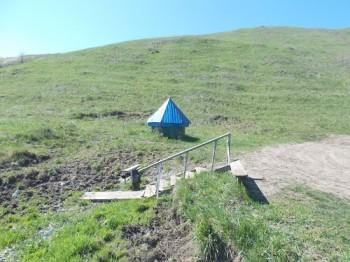 Источник Иоанна Богослова близ села Колыбелка Фото с сайта panoramio.com