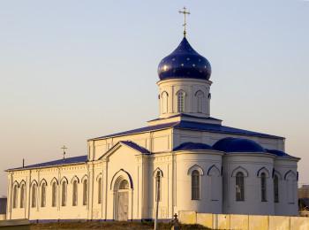 Крестовоздвиженский храм Фото с сайта buturlinovka777.ru