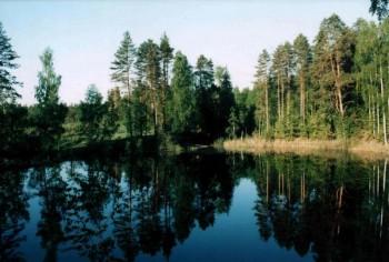 Черное озеро Фото с сайта schatki.narod.ru
