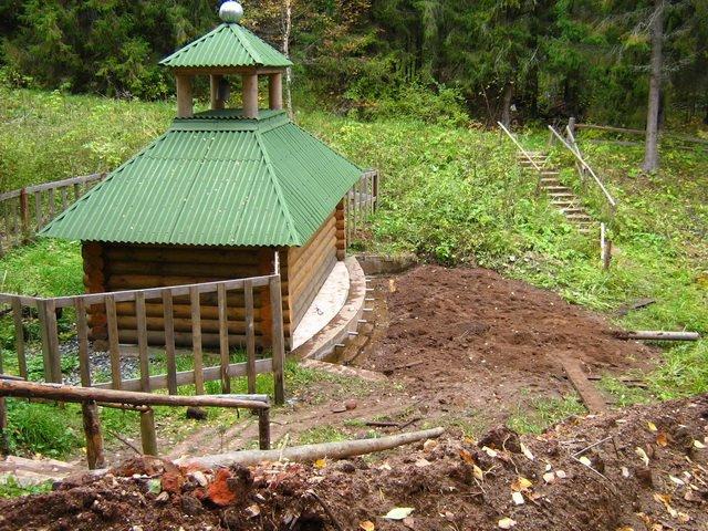 Cвятой источник в честь Казанской иконы Божией Матери в Горохове Фото с сайта panoramio.com