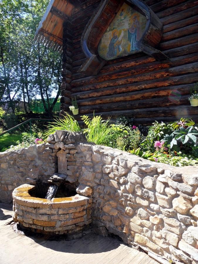 Источник прп. Трифона Вятского Фото с сайта livejournal.com