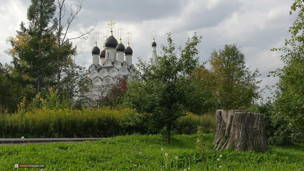 Храм села Комягино Фото с сайта trojza.blogspot.com