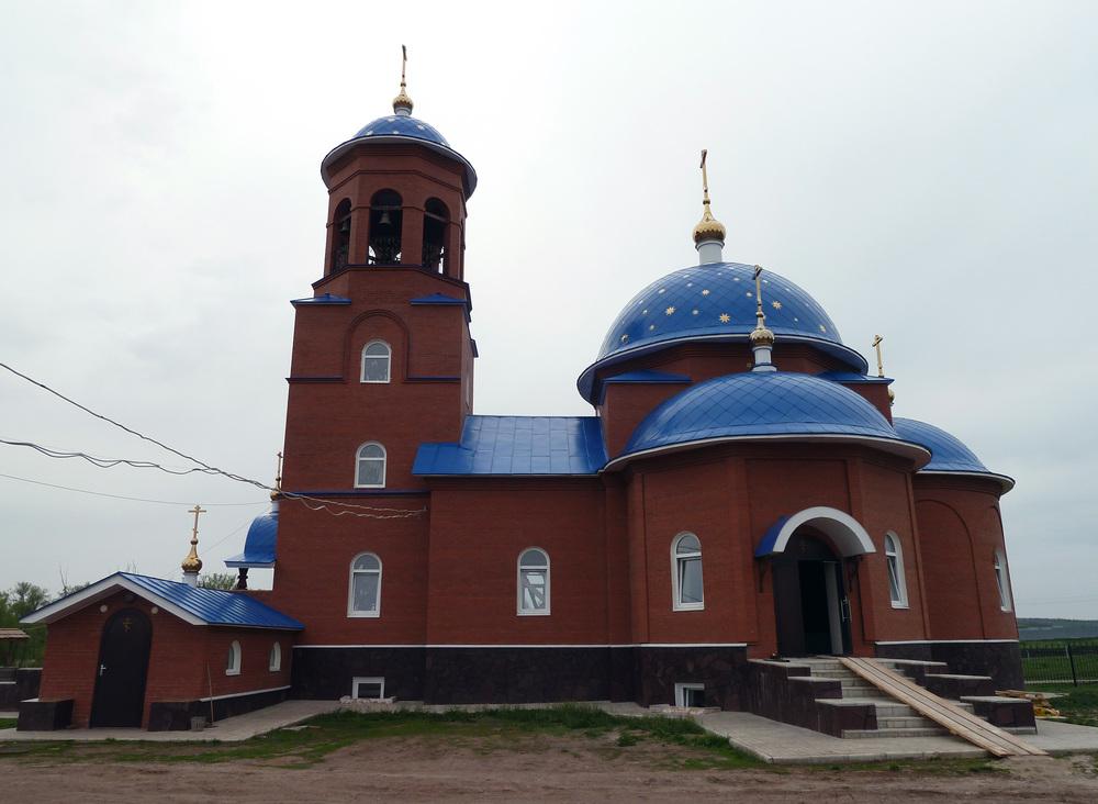 Церковь посёлка Чубовка Фото с сайта photo.russian-church.ru
