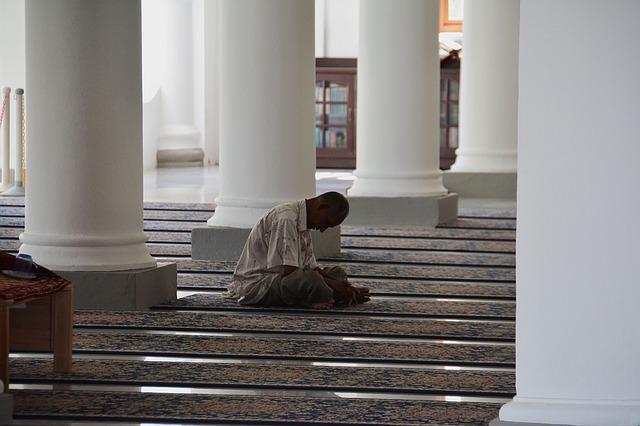 mosque-1428607_640