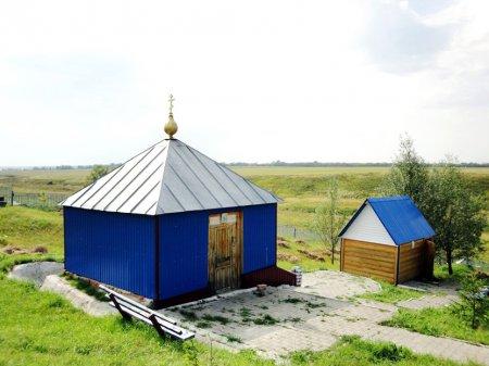 1391196813_svyatoy-istochnik-ikony-bogomateri-vseh-skorbyaschih-radost-selo-bolshoe-nagatkino