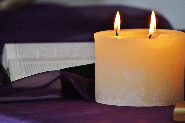 candle-535149_640