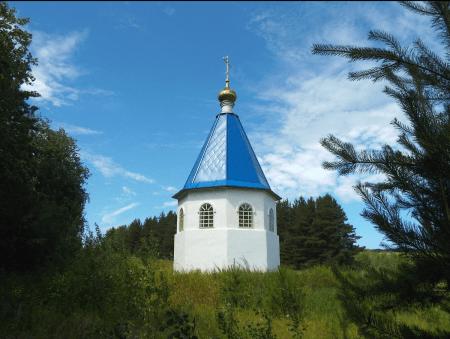 1399117192_chasovnya-apostolov-petra-i-pavla-zuevy-klyuchi