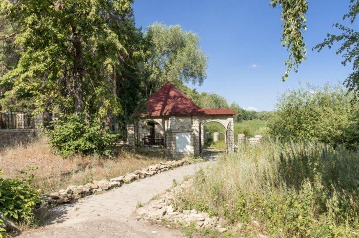 1487230703_svyatoy-istochnik-v-chest-muchenika-avraamiya-u-goroda-bolgar-spasskiy-rayon-respublika-tatarstan