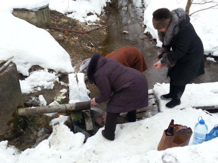 1492107682_rodnik-svyatoy-istochnik-pokrova-bozhiey-materi-selo-karmaly-yantikovskiy-rayon-chuvashskaya-respublika